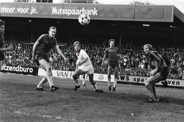 Kieft scoort Haarlem-Ajax 1982